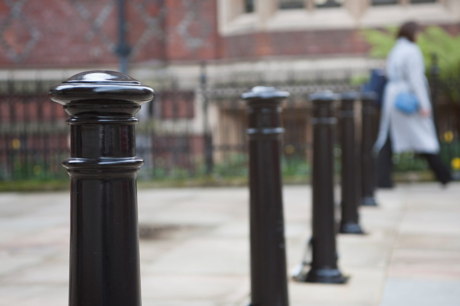5 Stone Buildings iron bollards outside